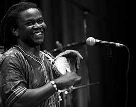 Badou Mbaye mit Tama