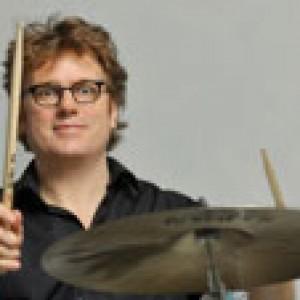Hardi Barnewold am Schlagzeug